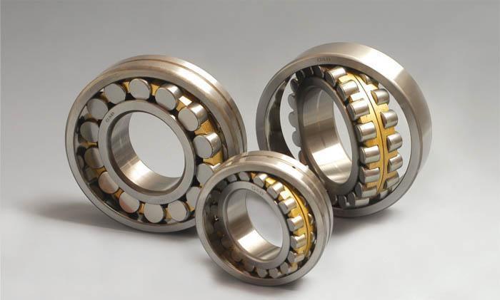 Montagem e desmontagem de rolamentos autocompensadores de rolos
